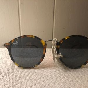 Ray-ban Round Brown Sunglasses NWT RB2447